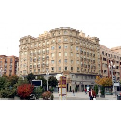 Piso en venta en la Calle María de Molina